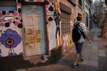 Buenos Aires - walking off the wall