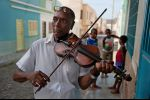 Cabo Verde - golden violin of Noel
